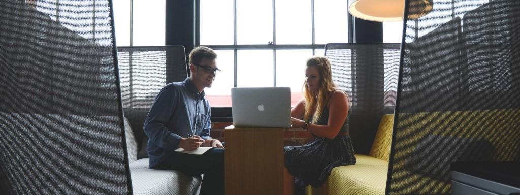 Réunion entre un client et un prestataire